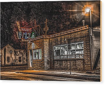 Harris Pizza #3 Wood Print by Ray Congrove