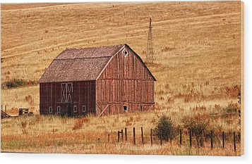Harvest Barn Wood Print