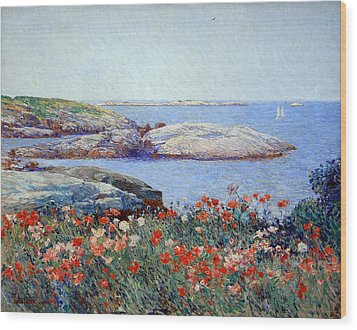 Hassam's Poppies On The Isles Of Shoals Wood Print