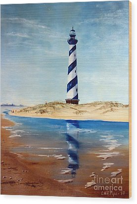 Wood Print featuring the painting Hatteras Lighthouse by Lee Piper