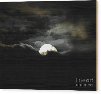 Haunting Horizon 02 Wood Print by Al Powell Photography USA