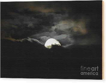 Haunting Horizon Wood Print