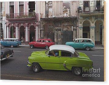 Wood Print featuring the photograph Havanna Traffic by Juergen Klust