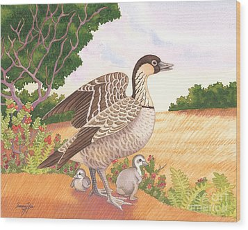 Hawaiian Nene Goose And Goslings Wood Print by Tammy Yee