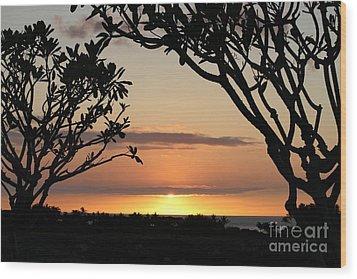 Hawaiian Sunset All Profit Go To Hospice Of The Calumet Area Wood Print