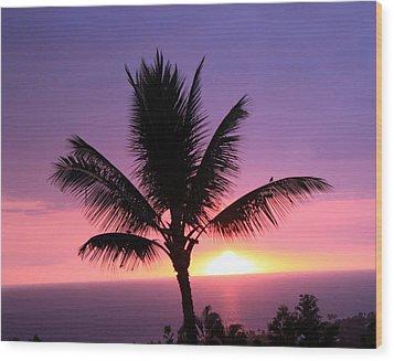 Hawaiian Sunset And Palm Wood Print