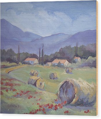 Haybales And Poppies Of Provence Wood Print by Linda  Wissler