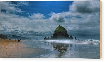 Haystack Rock Iv Wood Print by David Patterson