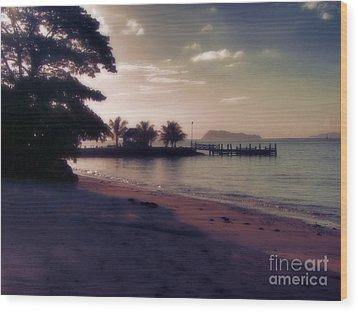 Hazey Samoan Sunset Wood Print by Karen Lewis