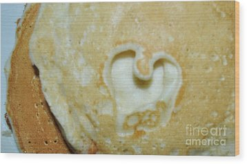 Heart Cakes Wood Print by Mindy Bench