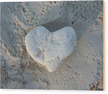 Heart Stone Photography Wood Print by Rachel Stribbling