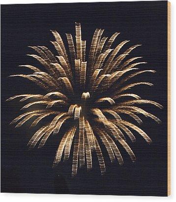Heavenly Explosion Wood Print