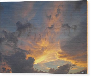 Wood Print featuring the photograph Heavenly Sky by Bill Woodstock