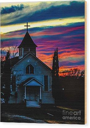Heaven's Light Wood Print by Toma Caul