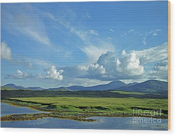 Wood Print featuring the photograph Hebridean Light by Jacqi Elmslie
