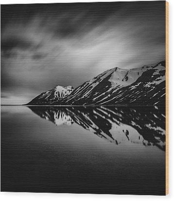 Hedinsfjordur Wood Print