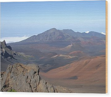 Wood Print featuring the photograph Heleakala Volcano In Maui by Richard Reeve