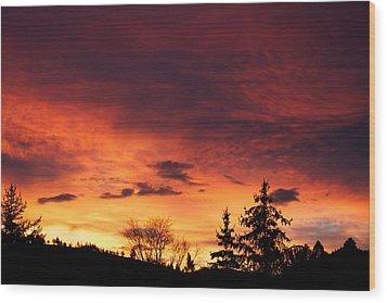 Hells Calling Wood Print by Kevin Bone