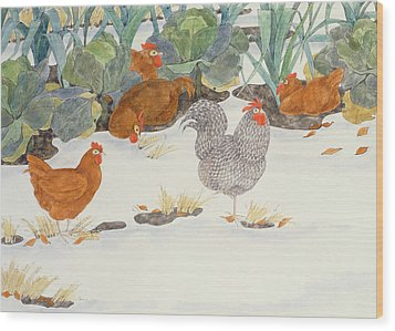 Hens In The Vegetable Patch Wood Print by Linda Benton