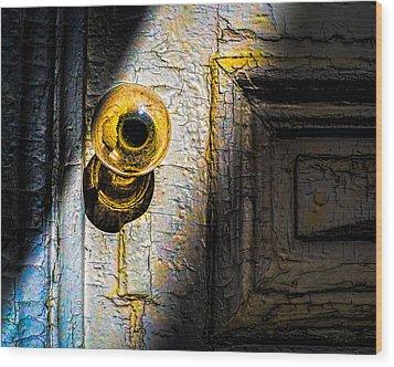 Her Glass Doorknob Wood Print by Bob Orsillo