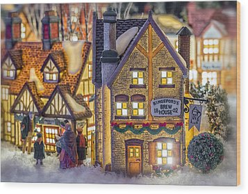 Here We Come A Caroling Wood Print by Caitlyn  Grasso