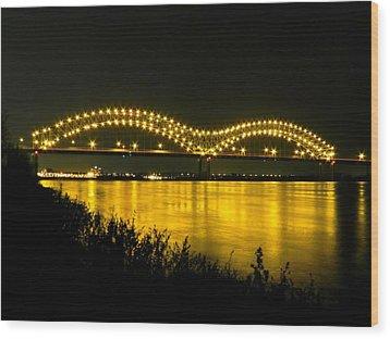 Hernando De Soto Bridge 002 Wood Print by Lance Vaughn