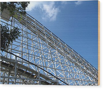 Hershey Park - Comet Roller Coaster - 12121 Wood Print by DC Photographer