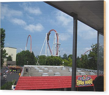 Hershey Park - Great Bear Roller Coaster - 12122 Wood Print by DC Photographer