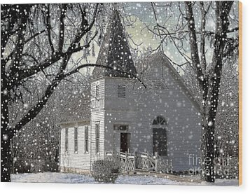 Higgensville Church Wood Print by Liane Wright