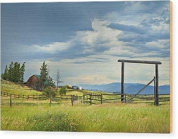 High Country Farm Wood Print by Theresa Tahara