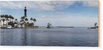 Hillsboro Inlet Lighthouse Panorama Wood Print by Lynn Palmer