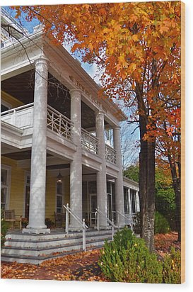 Historic Inn In Ashland Va Wood Print