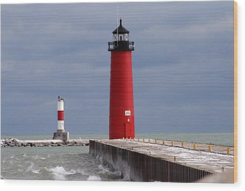 Wood Print featuring the photograph Historic Pierhead Lighthouse by Kay Novy