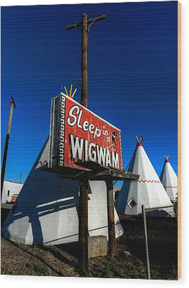 Holbrook Az - Wigwam Motel 015 Wood Print by Lance Vaughn