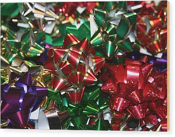 Holiday Bows Wood Print by Denyse Duhaime