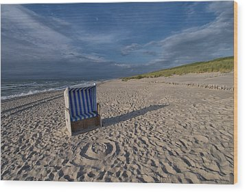 Wood Print featuring the photograph Holiday In The Sand by Juergen Klust