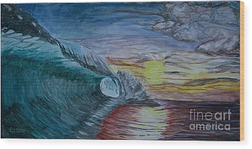Hollow Wave At Sunset Wood Print by Ian Donley