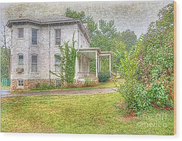 Wood Print featuring the photograph Home Is Where The Heart Is by Liane Wright