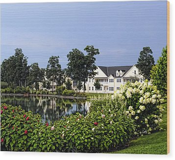 Home On The Golf Course Wood Print