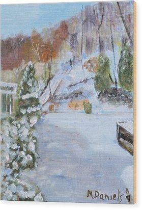 Home Scene South Wood Print by Michael Daniels