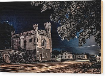 Home Sweet Castle Wood Print by Ray Congrove