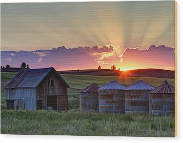 Home Town Sunset Wood Print by Mark Kiver