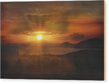 Honeymoon Sunset Wood Print