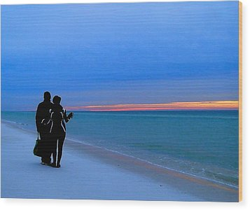 Honeymooners At Dawn On Pensacola Beach Wood Print by Cindy Croal