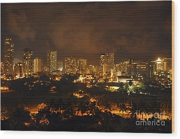 Wood Print featuring the photograph Honolulu Glow by Gina Savage