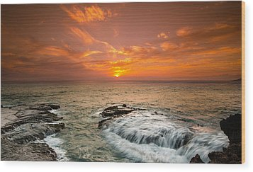 Honolulu Sunset Wood Print