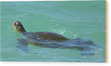 Wood Print featuring the photograph Honu II by Suzette Kallen