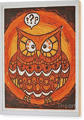 Hoo's There Wood Print by Kimberly Wix