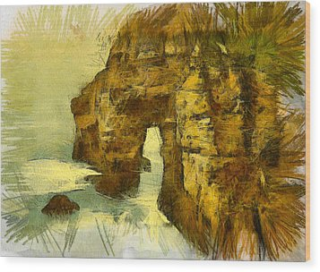 Horn Head Temple Arch Wood Print by Unknown