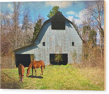 Horses Call This Old Barn Home Wood Print by Sandi OReilly